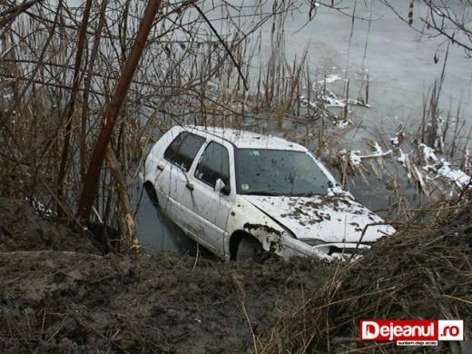 masina cazuta somes gherla (1)
