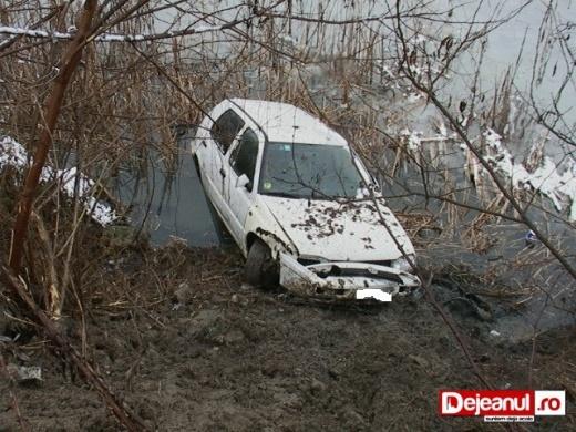 masina cazuta somes gherla (3)